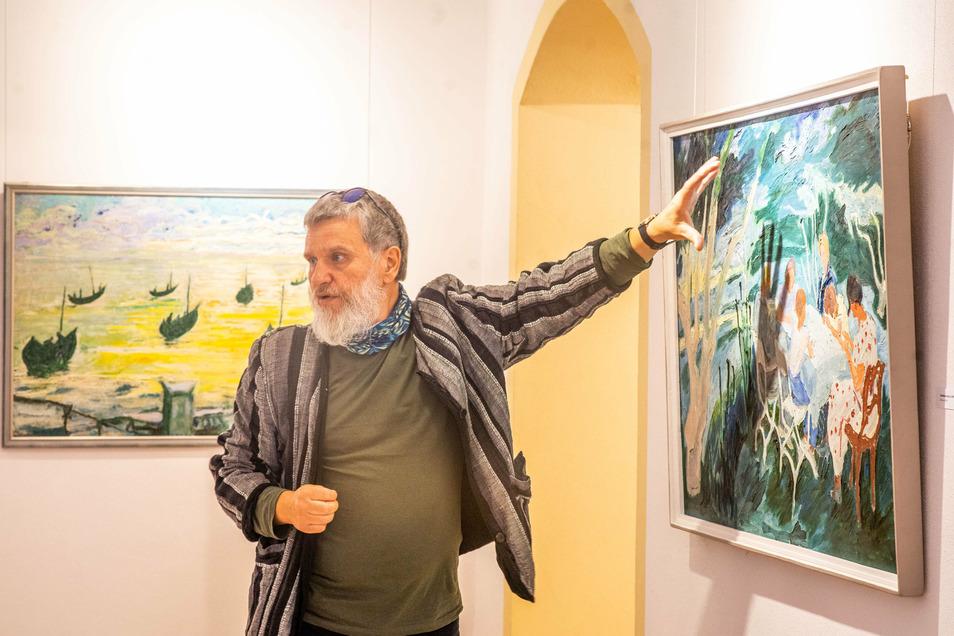"""Der Bischofswerdaer Maler Falk Nützsche ist Kurator der Ausstellung """"Unbekannte Werke"""". Sie zeigt Arbeiten des Expressionisten Carl Lohse."""