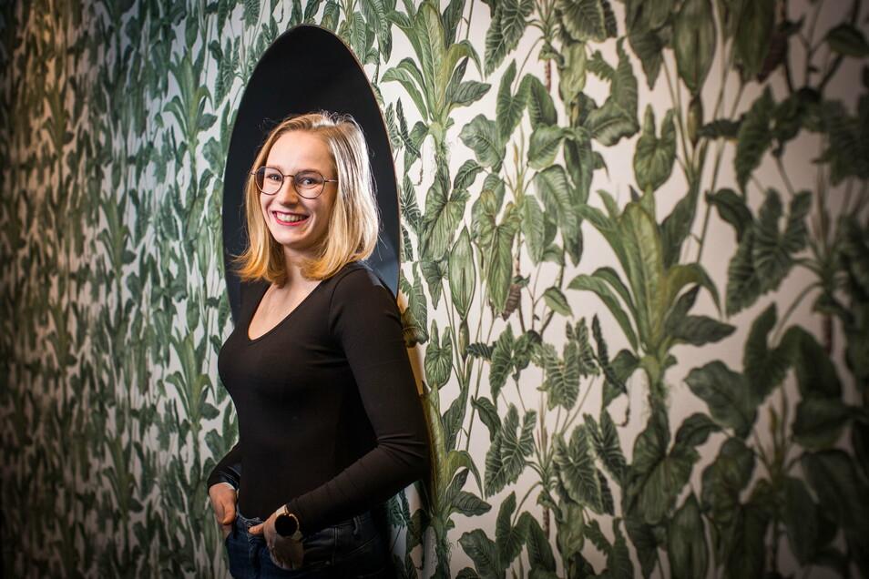 Für schöne Tapeten hat Franziska Selle ein Faible. Sie weiß, wie Wände einen ganz besonderen Charakter bekommen.