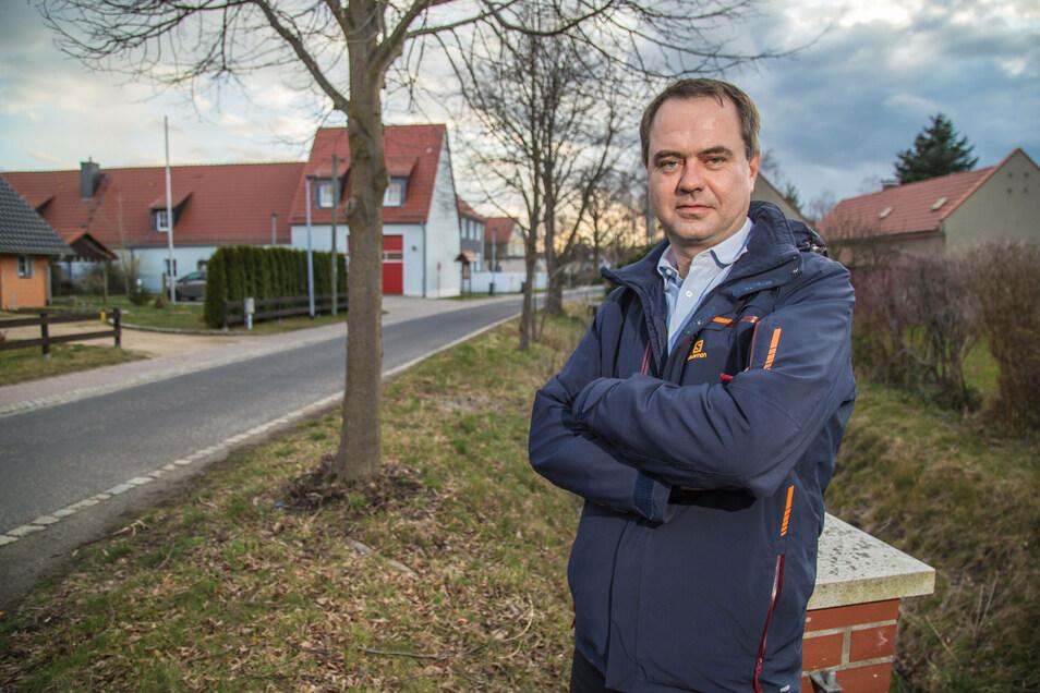 Seine Ärmel hochkrempeln wird jetzt Per Wiesner. Der 42-Jährige aus Groß Krauscha ist der neue Bürgermeister für Neißeaue.
