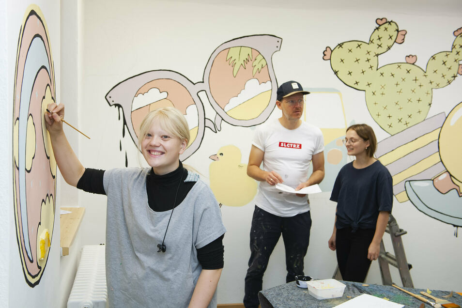 Emma Preuß, der Großenhainer Künstler Sebastian Bieler und Susan Loogk haben die Bilder selbst entworfen.