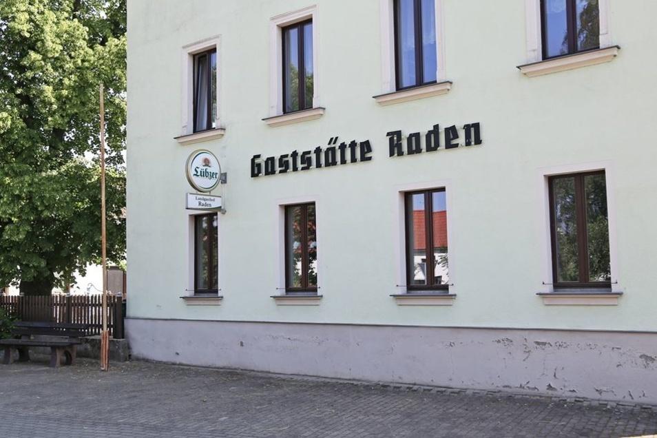 Geschlossen: der Landgasthof in Raden.