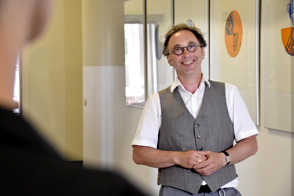 Professor Ingo Röder leitet das Institut für Medizinische Statistik und Biometrie an der Medizinischen Fakultät. Unterstützung erhielt er auch von weiteren Experten und Wissenschaftlern der TU Dresden und des Uniklinikums.