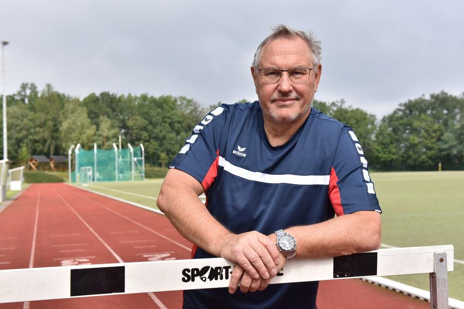 Engagiert sich ehrenamtlich im Freitaler Sport und macht sich eigene Gedanken zur Bundestagswahl: Dr. Detlef Pötzsch.