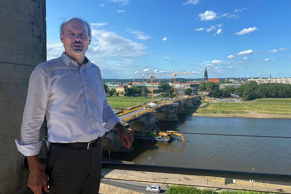 Landeskonservator Alf Furkert erklärt im SZ-Gespräch, warum die Einstufung des Neustädter Marktes als Denkmal auch Chancen für die Umgestaltung bietet.