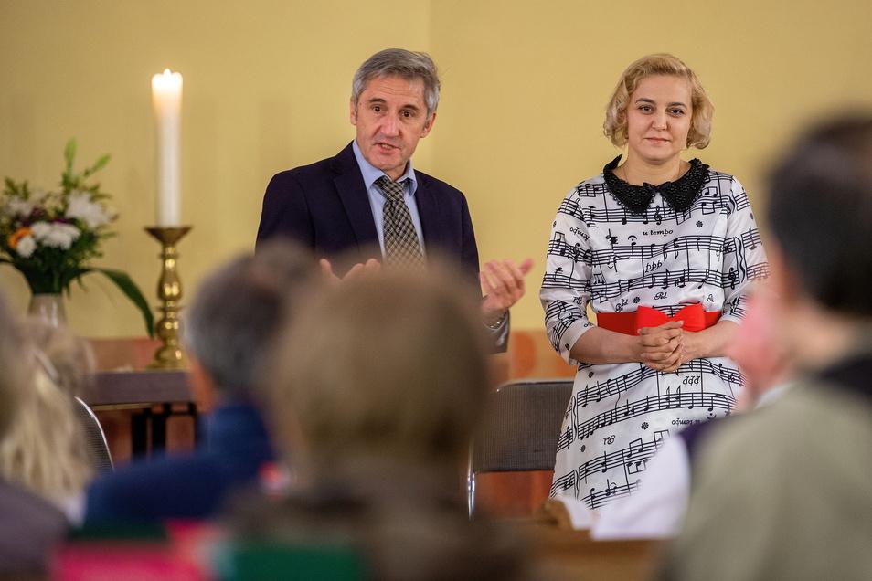 Olga Karatch bekam 2010 den Radebeuler Couragepreis. Auf Einladung von Frank Richter, Vorsitzender des Couragepreisvereins, besuchte sie erneut die Lößnitzstadt.