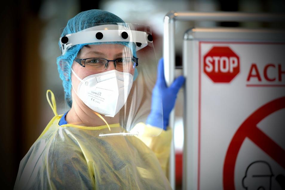 Marion Mittenzwei ist die leitende Stationsschwester auf Station 4 im Zittauer Krankenhaus. Seit Oktober werden hier ausschließlich Corona-Patienten behandelt und gepflegt.