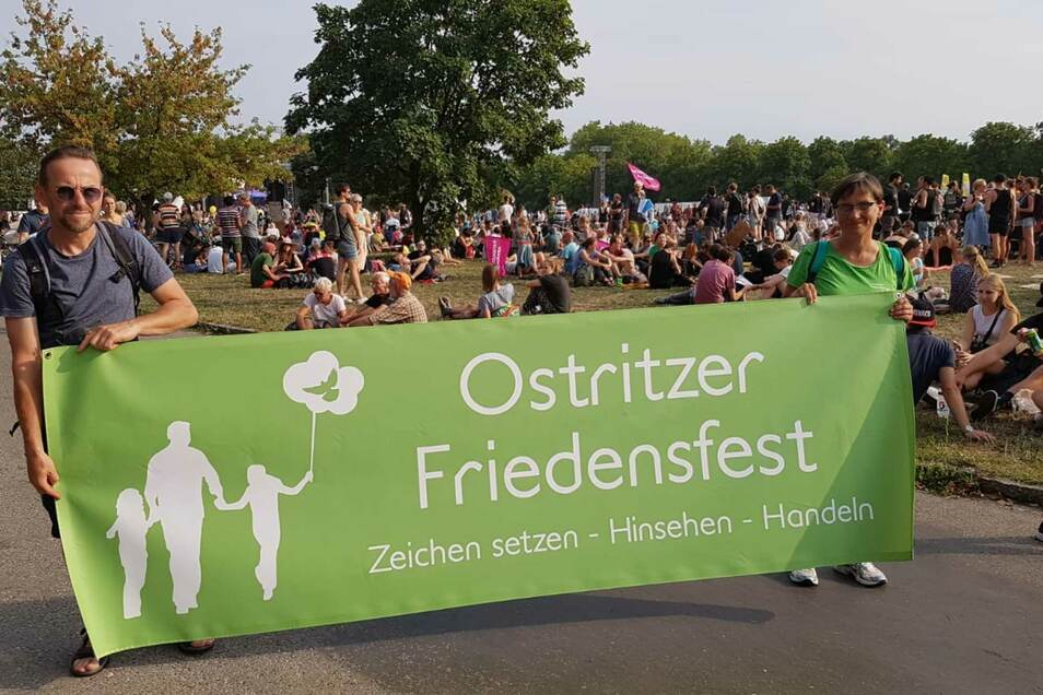 Jens Zachmann und Simone Hickmann organisieren das Ostritzer Friedensfest.