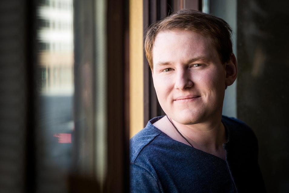 Online-Suizid-Berater wie Felix Herrmann sind gerade gefragter als je zuvor.