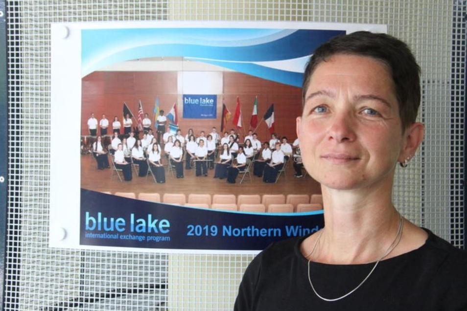 Daniela Samuel vom Förderverein des Jugendblasorchesters freut sich auf den Auftritt des Blue Lake Orchestras aus den USA am Sonntag in Obergurig.