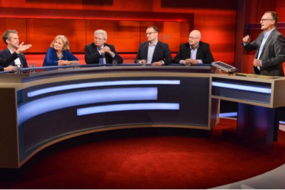 Talk Talk Talk - bei den Gesprächsrunden von ARD und ZDF streiten sich oft in verschiedenen Shows dieselben Menschen über dieselben Themen.