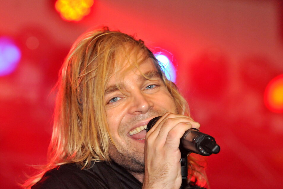 Tim-Jörg Wilhem, Sänger der Münchener Freiheit, wird am Sonnabend im Neschwitzer Schlosspark das Publikum zum Schunkeln bringen.