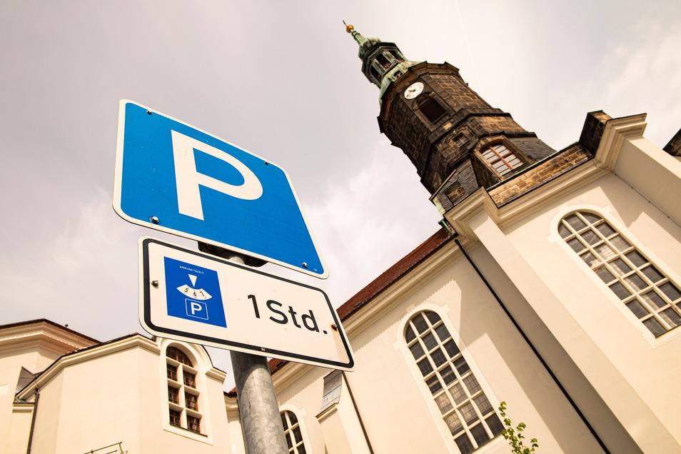 Es kommen mehr Kurzzeitparkplätze an die Großenhainer Marienkirche.