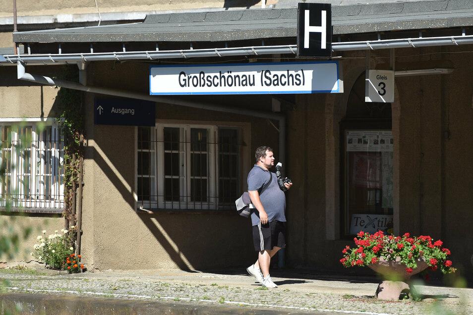 Großschönaus Bahnhof ist ein besonders wertvolles Baudenkmal aus dem 19. Jahrhundert.