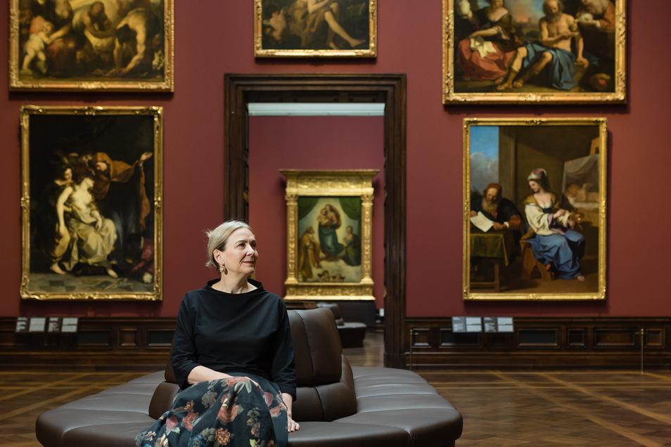 Kunstsammlungs-Chefin Marion Ackermann in der Gemäldegalerie Alte Meister