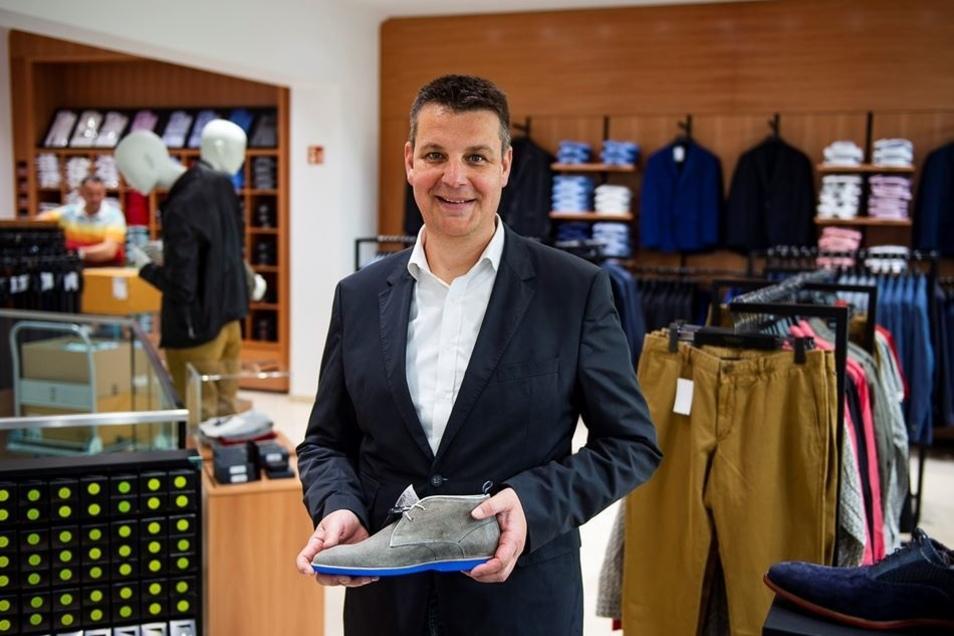 Christoph Sprenger ist der Chef des Modehauses am Postplatz. Am kommenden Donnerstag öffnet das Geschäft.