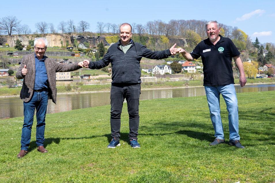 Sie freuen sich auf das erste Sommer-Open-Air an der Elbe in Pirna (v.l.): Tom Pauls, Thomas Gischke und Gert Lorenz.