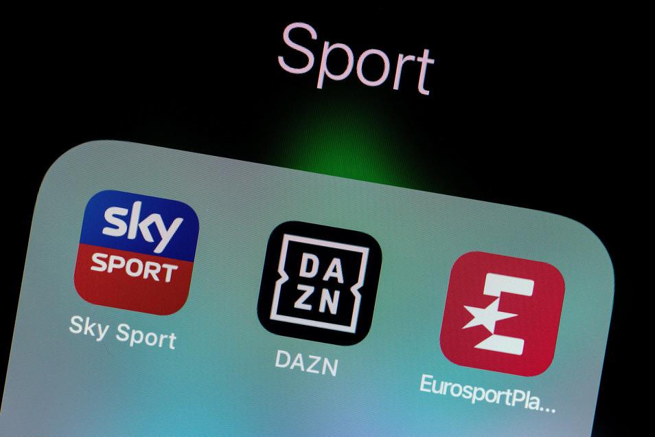 Künftig von keinem Gerät eines Fußball-Enthusiasten wegzudenken: Der Streaming-Dienst DAZN.