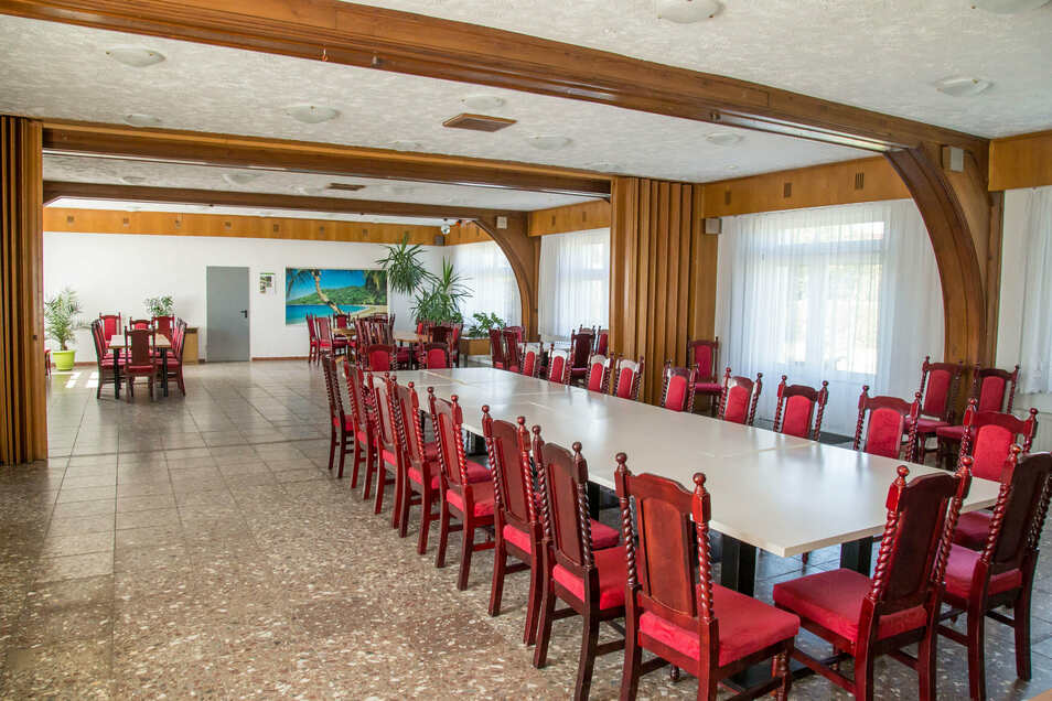 Die Firma Elektro Koch bietet den ehemaligen Kultursaal der Waggonbauer für private Feiern an. Bis September bleibt das Objekt aus Gründen der Pandemie aber geschlossen.