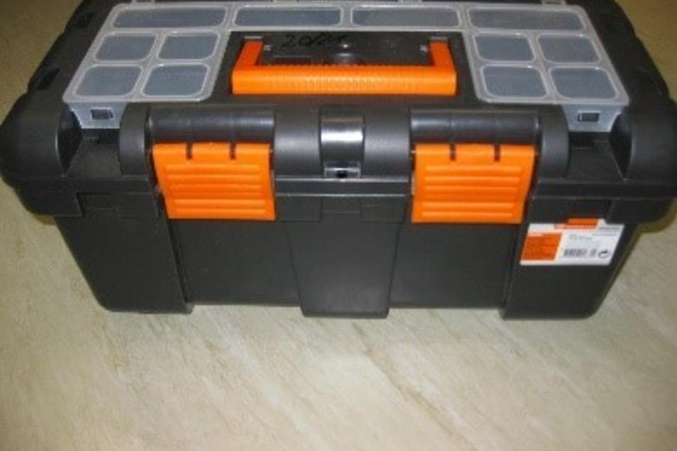 Fotos der Asservate: Diese Koffer ...