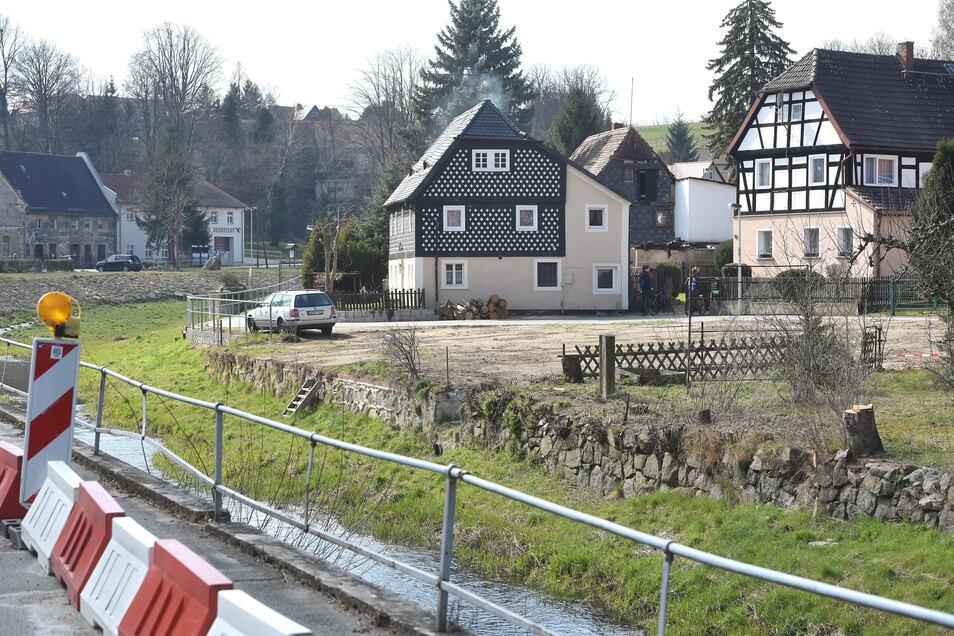 Kunnersdorf, hier wird die neue Brücke gebaut.
