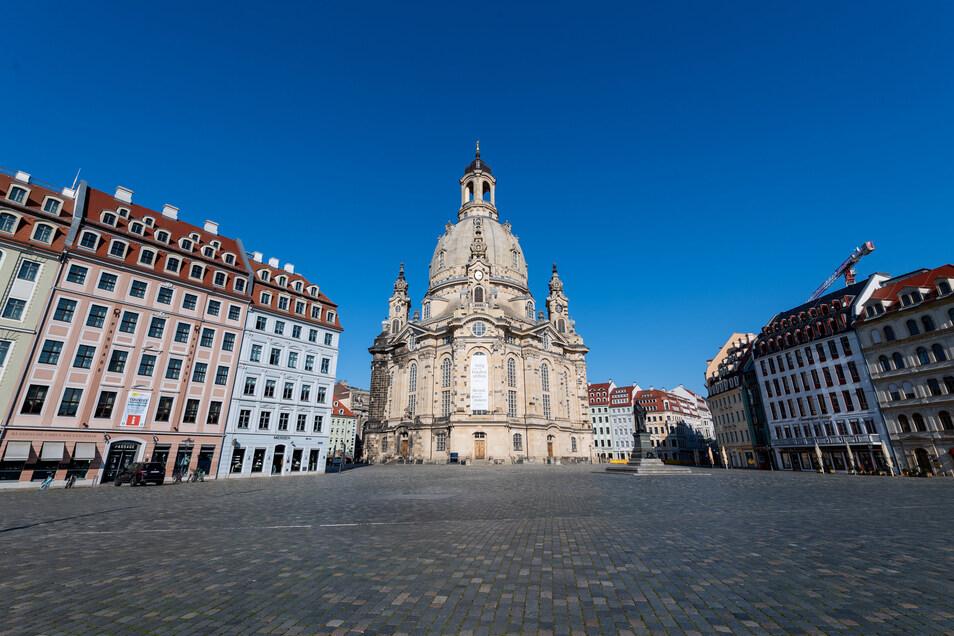 Auch die Dresdner Frauenkirche blieb im Zuge der Corona-Schutzmaßnahmen acht Wochen lang geschlossen. Nun kehrt wieder Leben ein in das Gotteshaus.