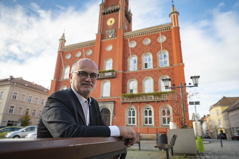 Die Stadt Kamenz plant den Etat für die kommenden zwei Jahre. OB Roland Dantz erklärt, wofür das Geld ausgegeben werden soll.