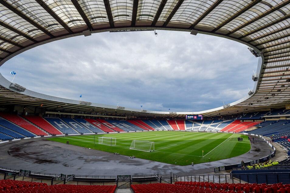 Glasgow, Hampden Park: 12.000 zugelassene Zuschauer; drei Gruppenspiele, ein Achtelfinale.