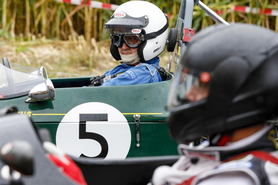 Klasse 9: Auf seinen Start wartet Leo von Sahr aus Panitzsch in seinem Lotus Modell 61/69 Special mit 1.600 ccm.