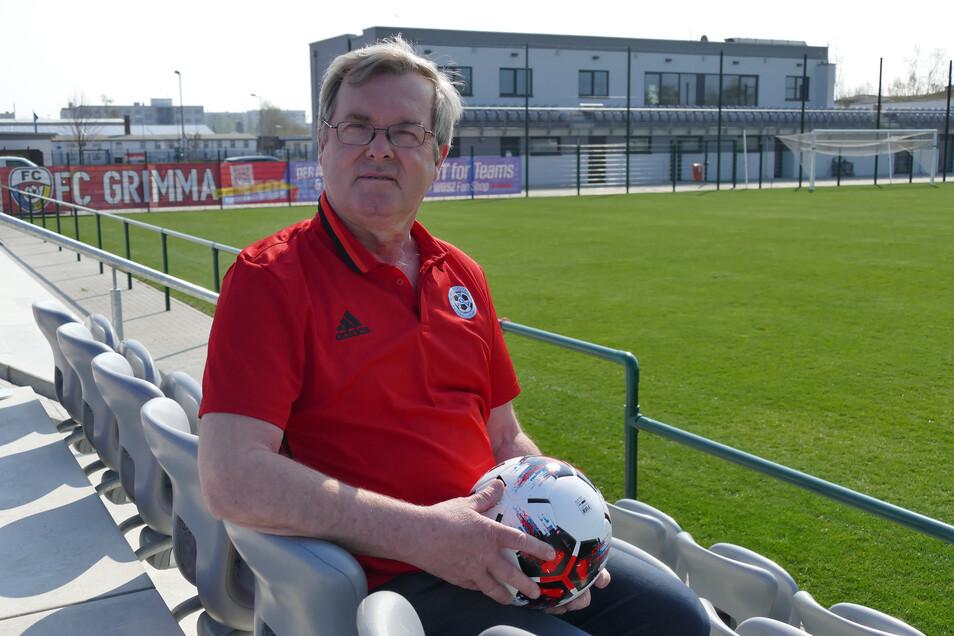 Seit mittlerweile zehn Jahren ist der ehemalige FIFA-Unparteiische Harald Sather aus Grimma ehrenamtlicher Präsident des Fußballverbandes Muldental/Leipziger Land.