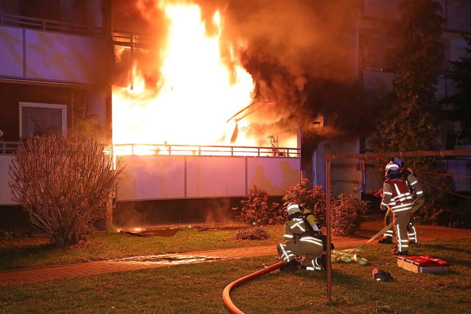 Dieser Wohnungsbrand in Dresden-Omsewitz war laut Staatsanwaltschaft das Werk eines psychisch kranken Mieters. Der 58-Jährige steht nun vor dem Landgericht Dresden.