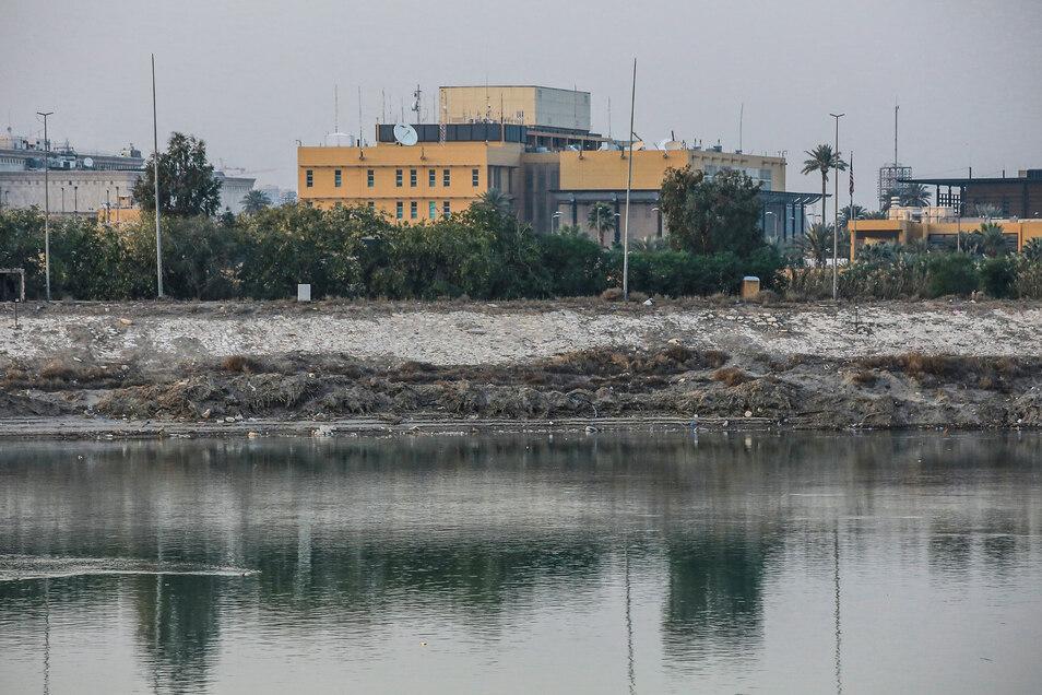 Die US-Botschaft in Bagdad vor dem Angriff