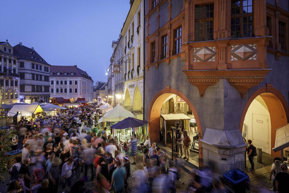 Tausende strömen jedes Jahr zum Altstadtfest in Görlitz. Der Untermarkt ist ein zentraler Punkt.