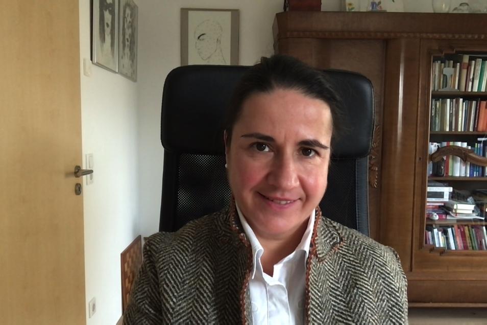 Preisträgerin Ines Mallek-Klein kommt ebenfalls aus dem Homeoffice dazu.