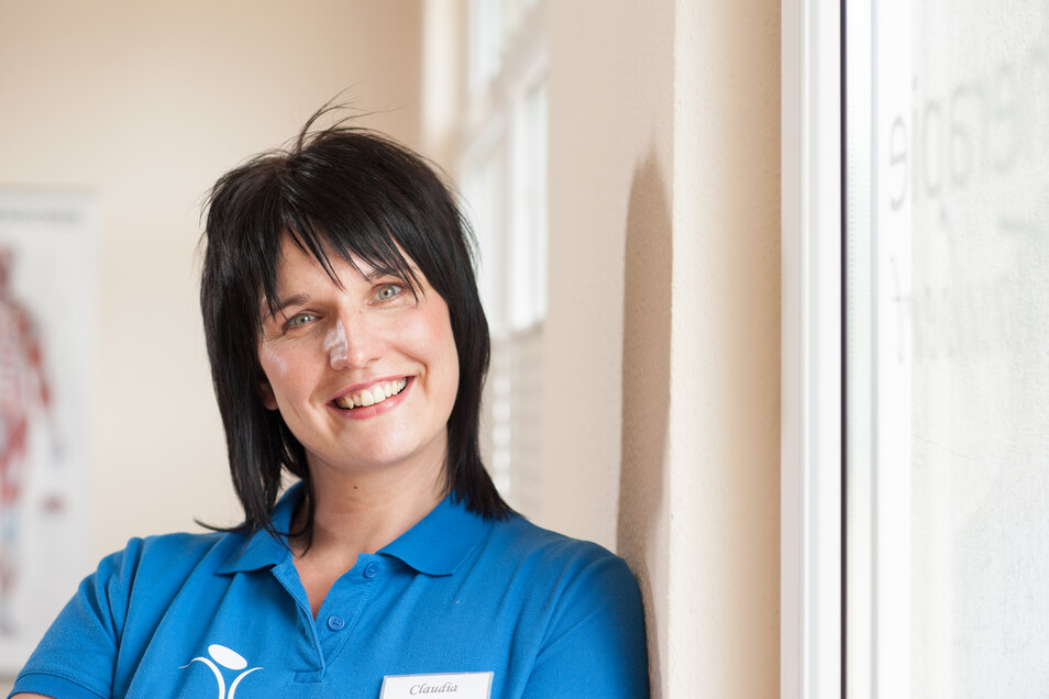 Physiotherapeutin Claudia Taubert aus Niesky freut sich schon jetzt auf ein Ende der Krise und auf stinknormale Arbeitstage.