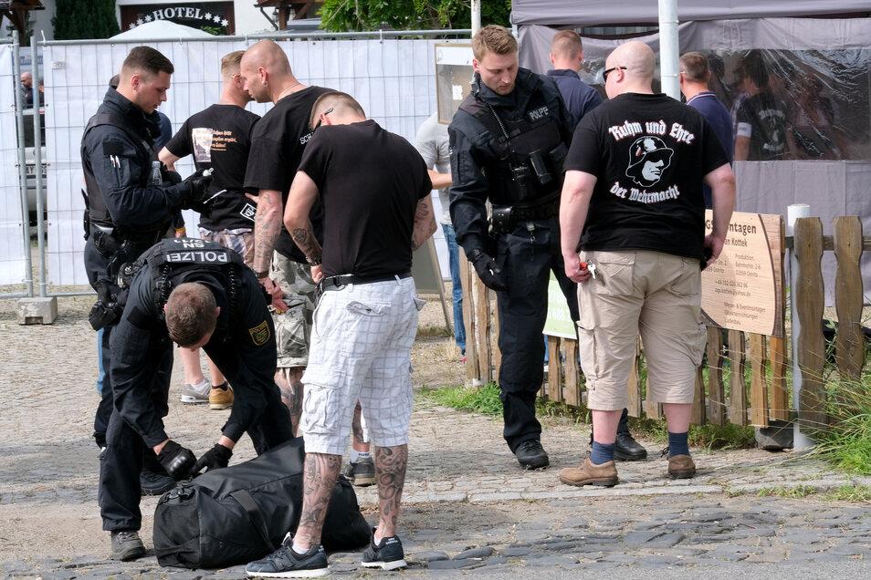 """Am Wochenende wollen sich Rechtsextreme zum """"Kampf des Nibelungen"""" in Ostritz treffen. Die Stadt hat das verboten."""