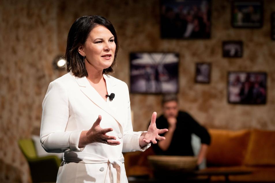 """""""Was das Virus kann, das können wir schon lange!"""" Annalena Baerbock hält beim digitalen Bundesparteitag der Grünen ihre politische Auftaktrede. Der Parteitag findet als große Videokonferenz statt."""