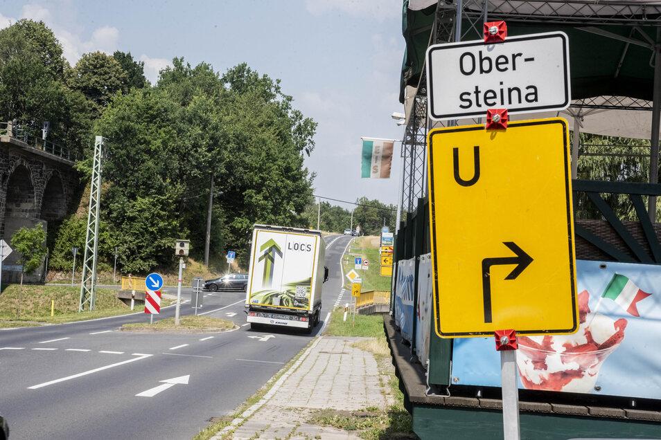 In Gersdorf sind nun gleich zwei Umleitungen zu beachten. Diese hier...