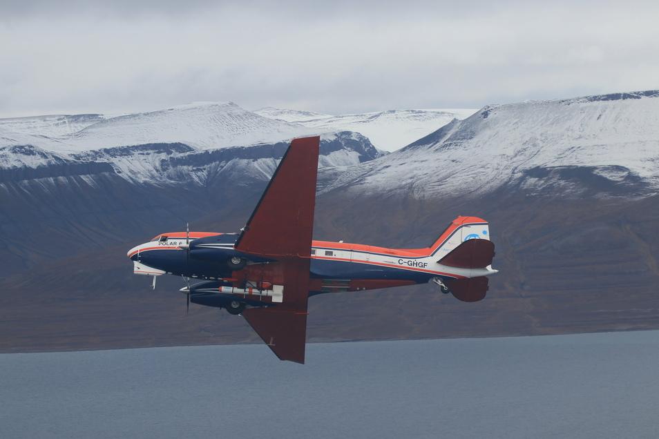 Polarflugzeuge ergänzen die Daten mit wichtigen Messungen aus der Höhe und ihren großflächigen Beobachtungen weit um das Schiff herum. Dort war die SZ live mit dabei.