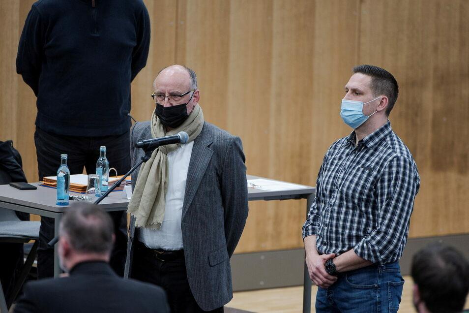 Peter Stahn (li.) kürzlich bei seiner Vereidigung im Görlitzer Stadtrat.