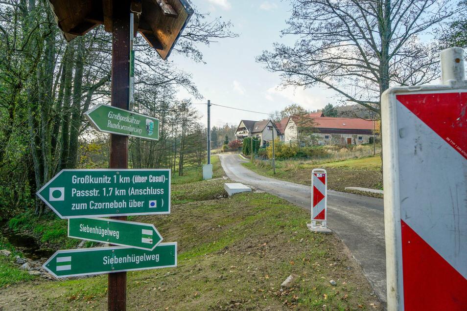 Die Straße in Klein-Kunitz ist jetzt wieder befahrbar. Damit endet eine rund sechsmonatige Vollsperrung.