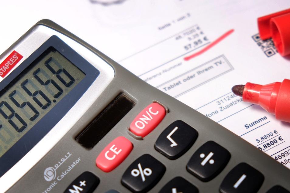 Viele Städte und Gemeinden im Landkreis Bautzen haben Schulden und müssen knallhart rechnen.
