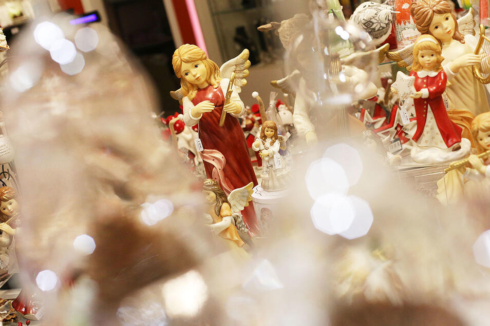 Weihnachtliche Dekoration bei Stilvoll leben.