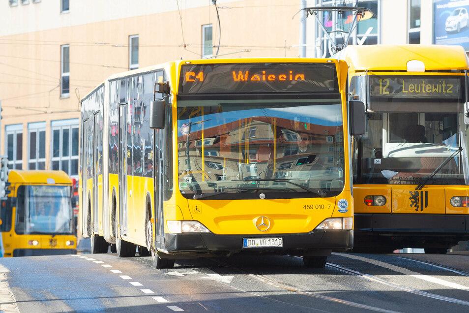 Dresdens Busse und Bahnen sollen sparen, ein Gutachten zu den DVB sorgt für Wirbel.