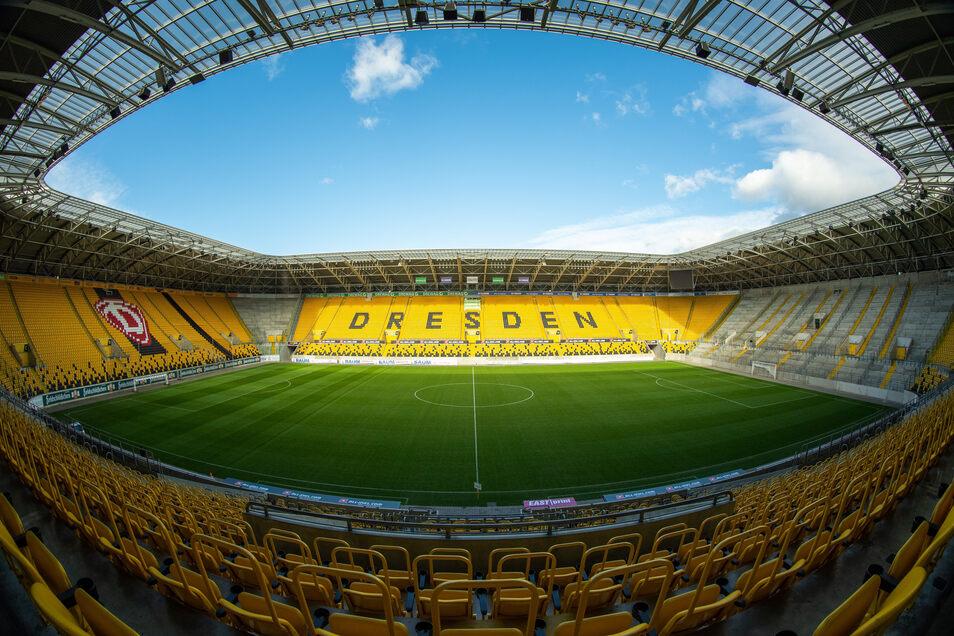 Das Dresdner Rudolf-Harbig-Stadion bleibt wieder leer - aber erst und zunächst nur im November. Am Samstag zu Dynamos Heimspiel gegen Meppen dürfen noch mal 999 Zuschauer rein.