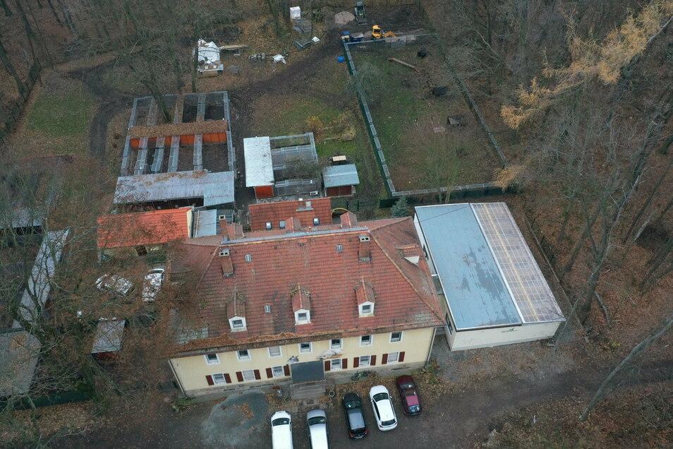Das Tierheim Freital aus der Luft gesehen. Fundtiere aus neun Städten und Gemeinden werden hier betreut. Doch das kostet auch etwas.