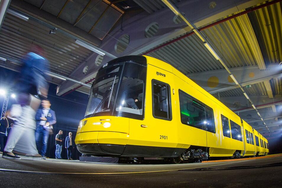 Zwar gibt es WLAN-Technik in Dresdens neuen Straßenbahnen, aber bis sie genutzt werden kann, werden noch rund zwei Jahre vergehen.