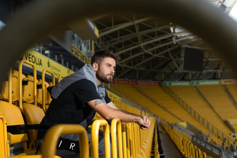 Beim Abschied vieler Spieler der Vorsaison gab es einige Irritationen. So hat Niklas Kreuzer erfahren, dass er keinen neuen Vertrag bekommt, als seine Rückennummer an Neuzugang Panagiotis Vlachodimos vergeben wurde.