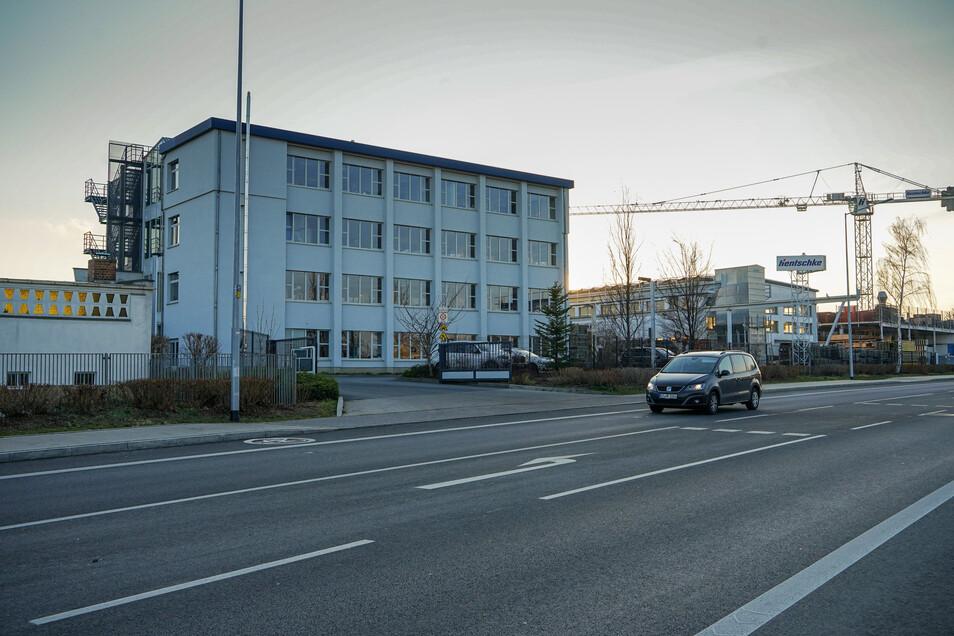 Die Firma Hentschke Bau hatte jetzt Besuch von Sachsens Ministerpräsident Michael Kretschmer.