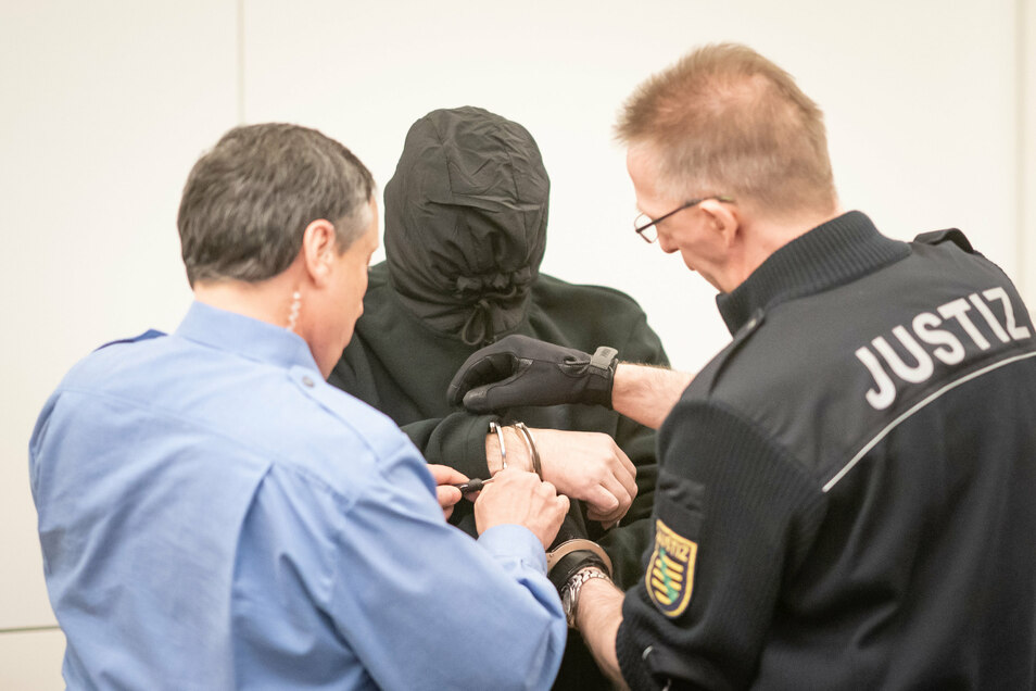 Der Angeklagte im Landgericht Dresden.