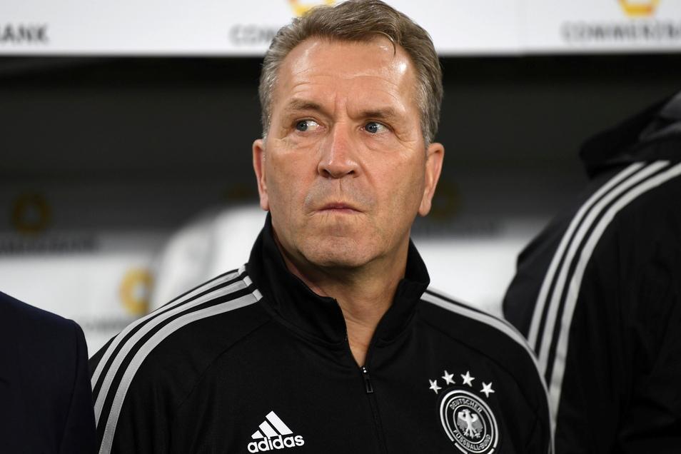 Torwarttrainer Andreas Köpke hört auf.